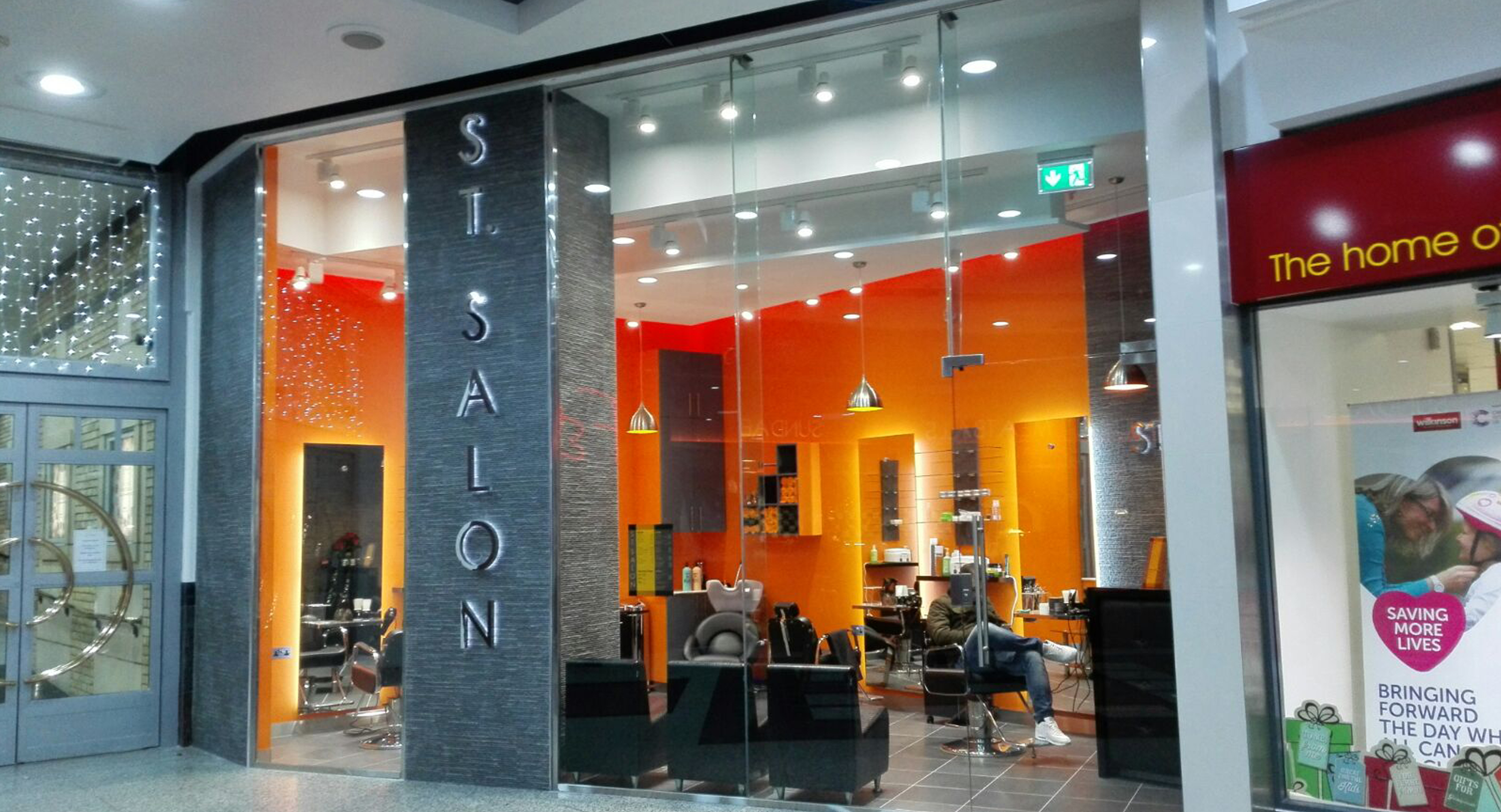 St. Salon Hairdresser